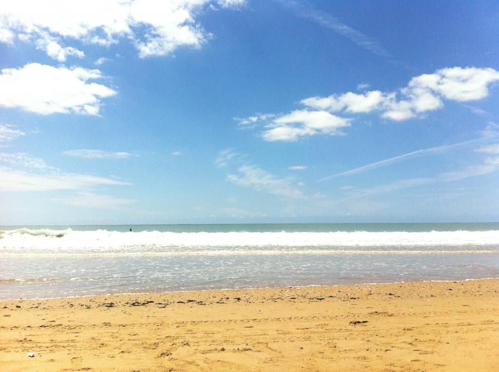 Yoga sur la plage - Yoga et sur Espri Surf Longeville